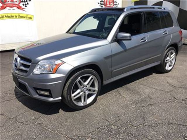 2012 MERCEDES-BENZ GLK-CLASS 350, Navigation, Sunroof, Back Up Camera, AWD in Burlington, Ontario