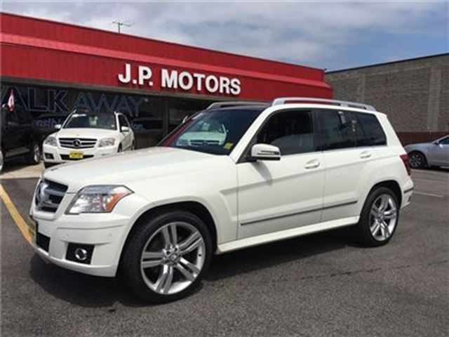2011 MERCEDES-BENZ GLK-CLASS 350, Automatic, Panoramic Sunroof, AWD in Burlington, Ontario
