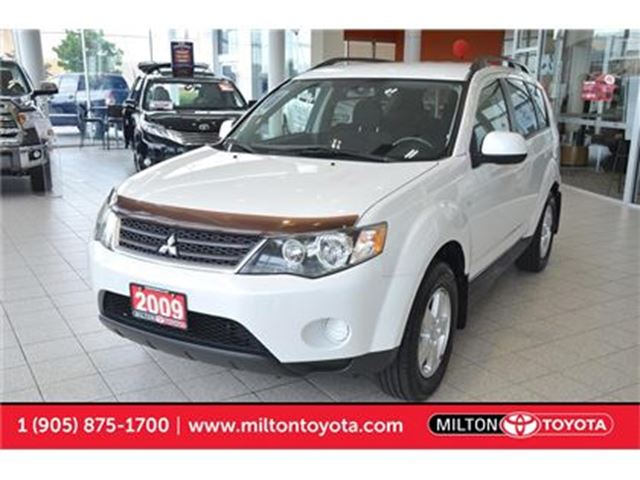 2009 Mitsubishi Outlander ES 4WD Newer Tires, 4 New Wheel Brakes in Milton, Ontario