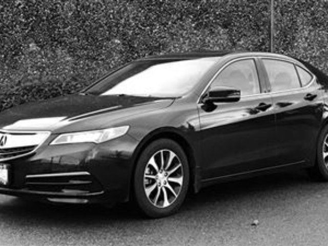 2015 ACURA TLX 2.4L P-AWS w/Tech Pkg Navigation, AS NEW! in North Vancouver, British Columbia