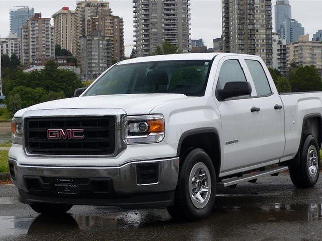 2015 GMC SIERRA 1500 Crew 4x2 Base / Standard Box in Vancouver, British Columbia
