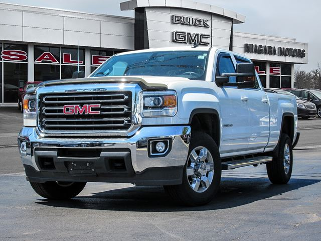 2015 GMC SIERRA 2500  SLE Crew Cab Long Box 2WD ** ONE Owner!  Purcha in Virgil, Ontario