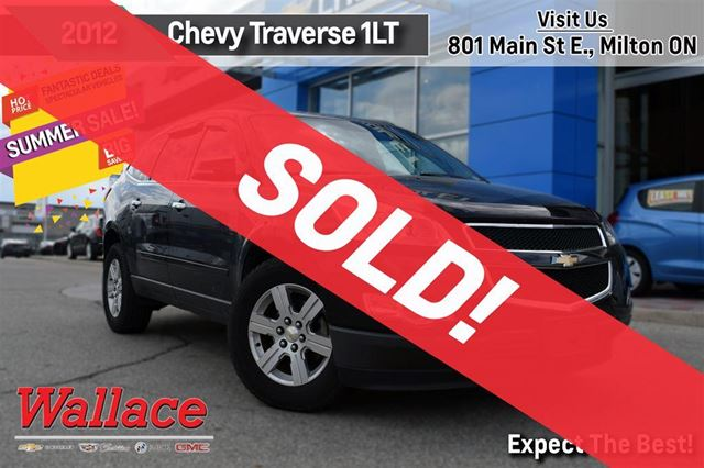 2012 CHEVROLET Traverse 1LT/DUAL MOONROOF/HEATED SEATS/8-PASSENGER in Milton, Ontario