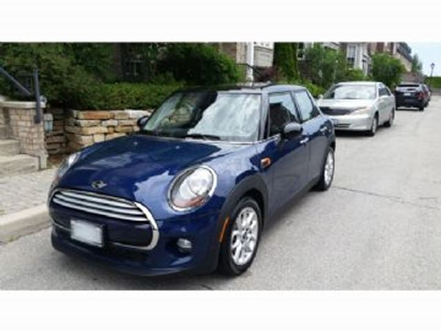 2015 MINI COOPER Navigation and Pana Roof, Connectivity in Mississauga, Ontario