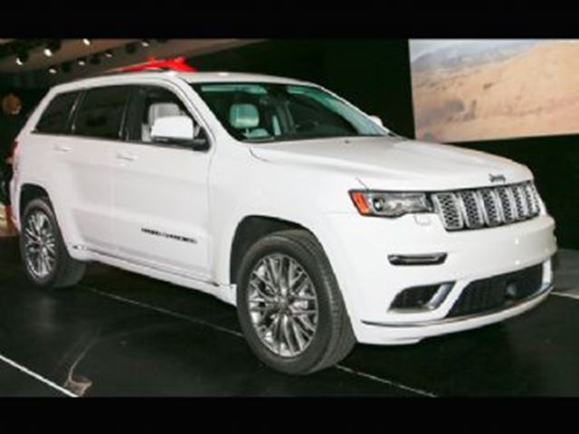 2017 JEEP Grand Cherokee LIMITED LUXURY EDITION in Mississauga, Ontario