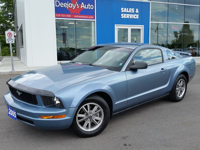 2005 Ford Mustang           in Brantford, Ontario