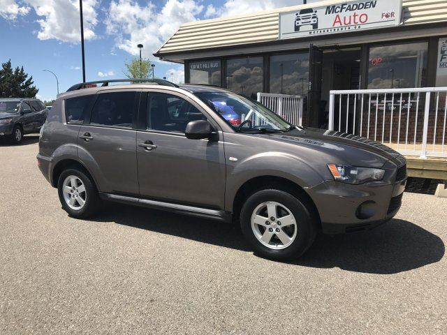 2013 MITSUBISHI OUTLANDER ES in Lethbridge, Alberta