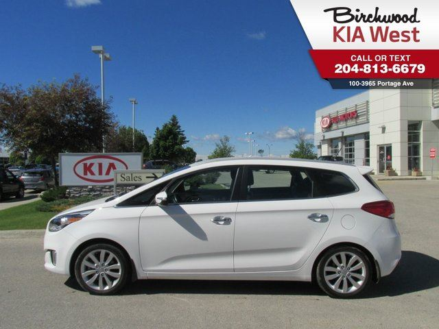 2014 Kia Rondo EX *HEATED SEATS/ BACKUP CAMERA/RAIN SENSING WIPERS* in Winnipeg, Manitoba