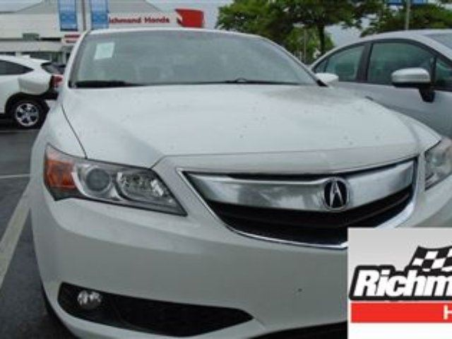 2013 ACURA ILX Technology! Balance of Factory Warranty! in Richmond, British Columbia