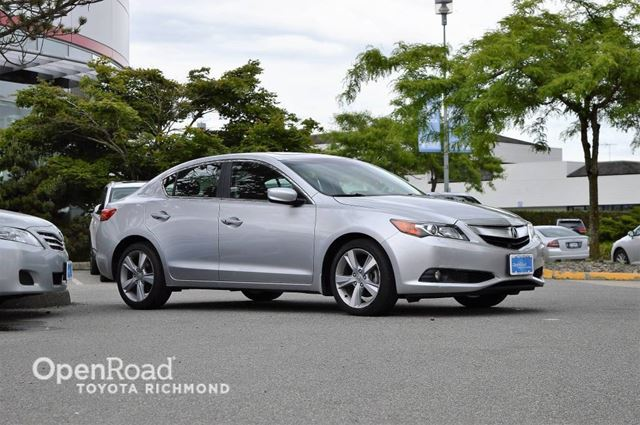 2013 ACURA ILX Premium Pkg in Richmond, British Columbia