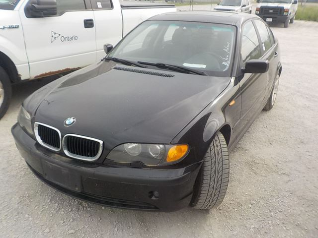 2003 BMW 3 Series 325 i           in Innisfil, Ontario