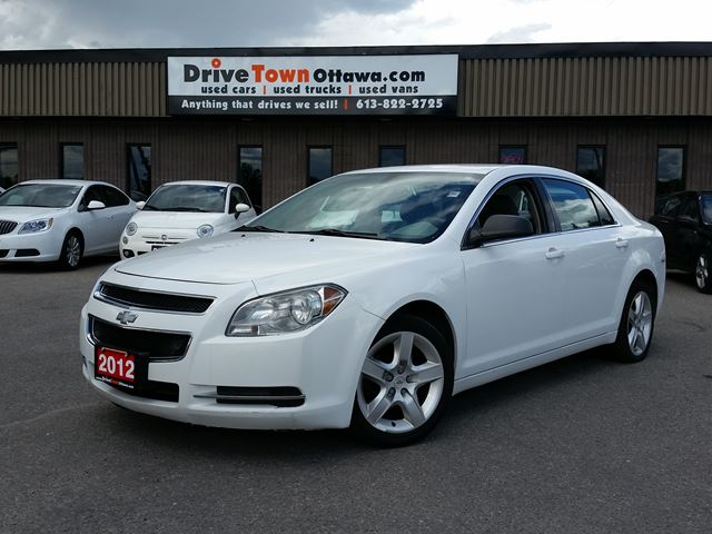 2012 Chevrolet Malibu LS with NAVIGATION SYSTEM in Ottawa, Ontario