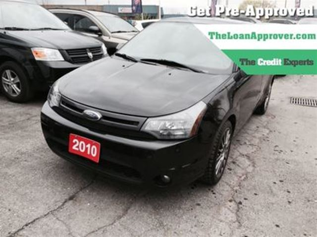 2010 FORD FOCUS SES   LEATHER   GREAT STARTER VEHICLE   SPORTY in London, Ontario