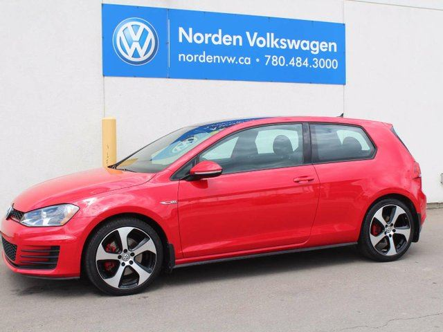 2015 VOLKSWAGEN GOLF GTI 3-Door 2dr Hatchback in Edmonton, Alberta