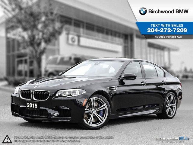 2015 BMW M5 4dr Sdn Premium & Connected Drive Packages! in Winnipeg, Manitoba