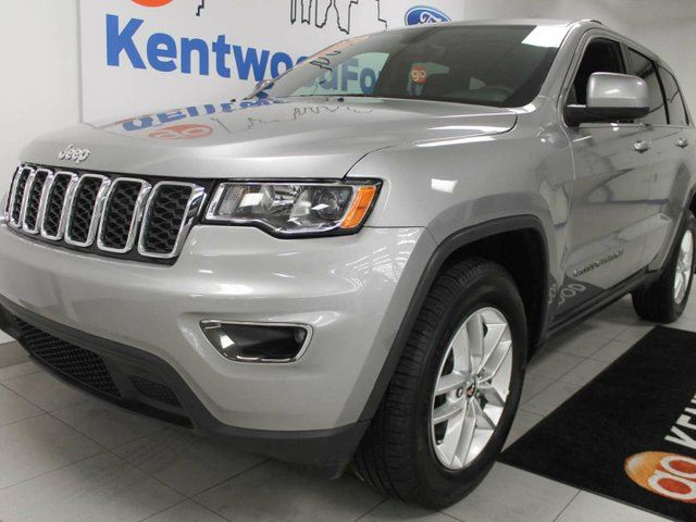 2017 jeep grand cherokee laredo 4x4 with eco and sport mode power seats push start everything. Black Bedroom Furniture Sets. Home Design Ideas