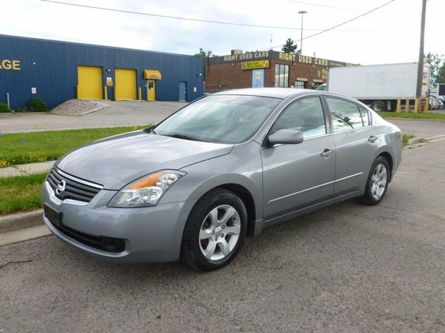 2008 nissan altima 2 5 s silver lawrence auto sales. Black Bedroom Furniture Sets. Home Design Ideas