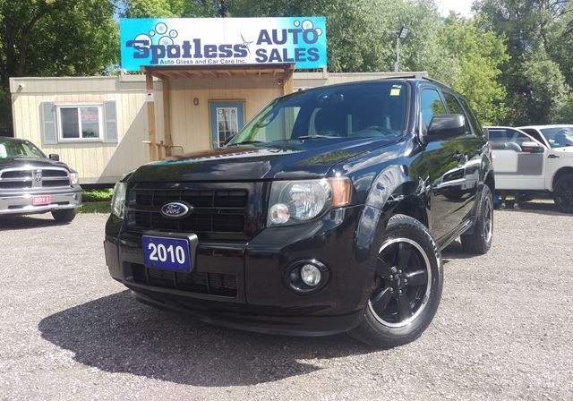 2010 Ford Escape XLT in Whitby, Ontario