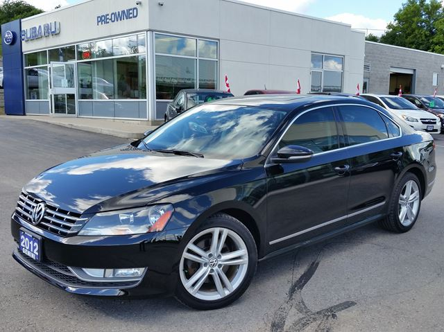 2012 VOLKSWAGEN PASSAT 3.6L DSG Highline in Kitchener, Ontario