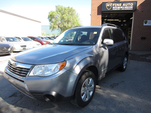 2010 Subaru Forester  X Sport SUV / AWD / AUTOMATIC / ONE OWNER in Ottawa, Ontario