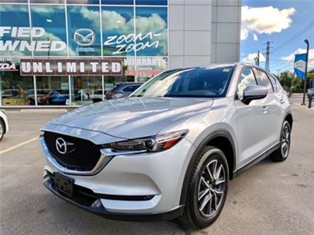 2017 Mazda CX-5 GT / NAVI / LEATHER / SUNROOF / AWD / ONE OWNER! in Toronto, Ontario