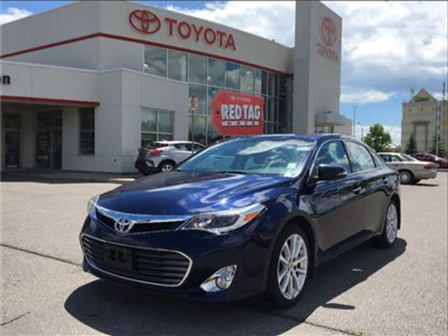 2013 Toyota Avalon XLE in Bowmanville, Ontario