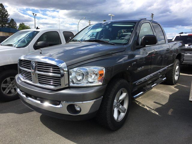 2008 Dodge RAM 1500 4WD QUAD CAB 140.5 in Kamloops, British Columbia