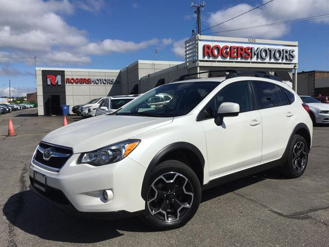 2014 Subaru XV Crosstrek - SUNROOF - BLUETOOTH  in Oakville, Ontario