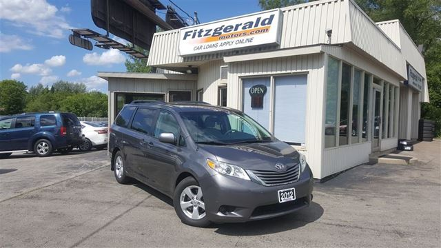 2012 TOYOTA SIENNA LE 8 Passenger - BACK-UP CAM! POWER DOORS! in Kitchener, Ontario