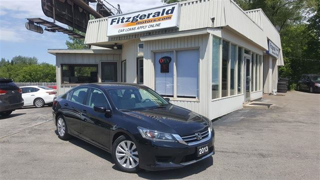 2013 Honda Accord LX - BACK-UP CAM! BLUETOOTH! in Kitchener, Ontario