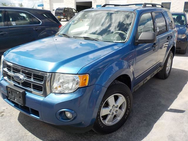 2009 Ford Escape XLT in Innisfil, Ontario