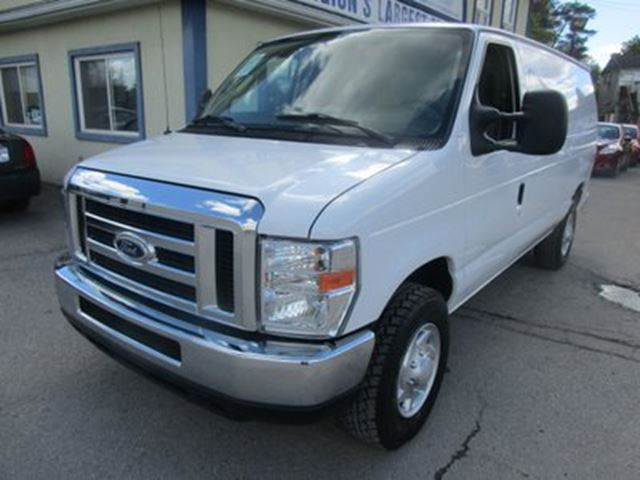 2014 Ford Econoline CARGO MOVING SUPER DUTY EDITION 2 PASSENGER 5.4 in Bradford, Ontario