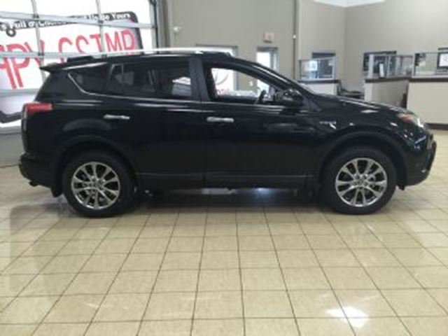 2016 TOYOTA RAV4 4dr Limited in Mississauga, Ontario