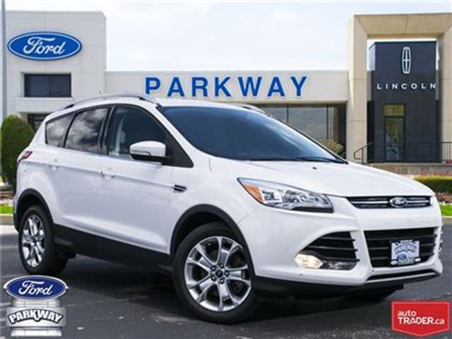 2015 FORD ESCAPE Titanium AWD  LEATHER  SUNROOF  GPS  HEATED SEATS in Waterloo, Ontario
