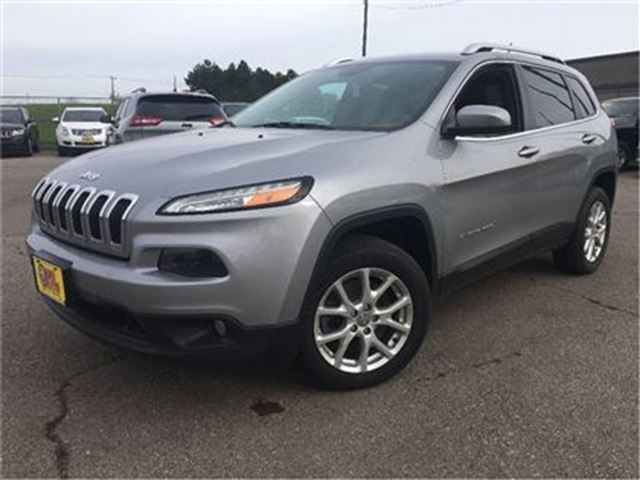 2014 JEEP CHEROKEE NORTH NAVIGATION  FWD  ALLOYS HITCH in St Catharines, Ontario