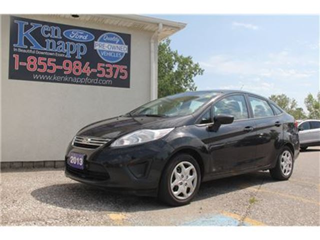 2013 Ford Fiesta SE SYNC CLOTH HEATED SEATS in Essex, Ontario
