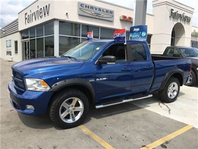 2010 DODGE RAM 1500 Sport.Crew Cab in Burlington, Ontario