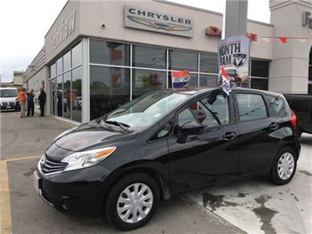2016 Nissan Versa 1.6 SV..Only 3300km's in Burlington, Ontario
