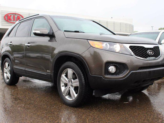 2013 Kia Sorento LEATHER, HEATED SEATS, AWD in Edmonton, Alberta