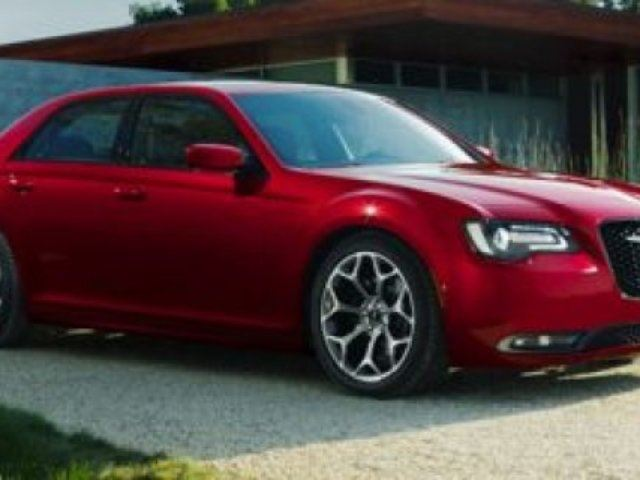 2016 CHRYSLER 300 S SPORT Accident Free, Navigation (GPS), Leather, Heated Seats, Panoramic Roof, Back-up Cam, B in Sherwood Park, Alberta