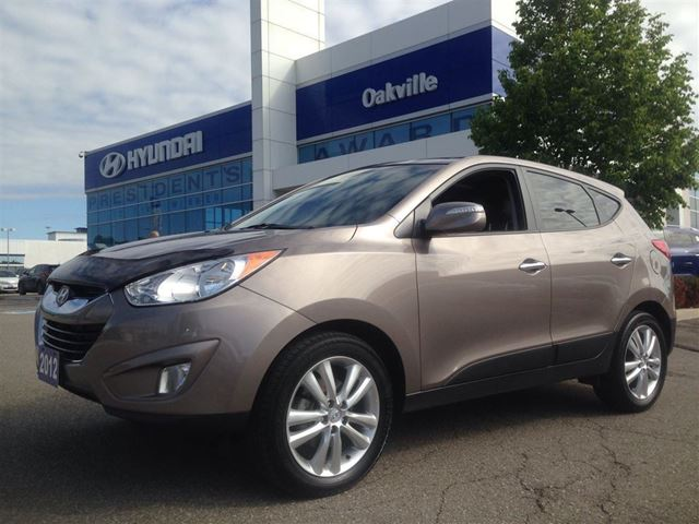 2012 HYUNDAI TUCSON 2.4L LIMITED  AWD  LEATHER  PARKING SENSOR in Oakville, Ontario