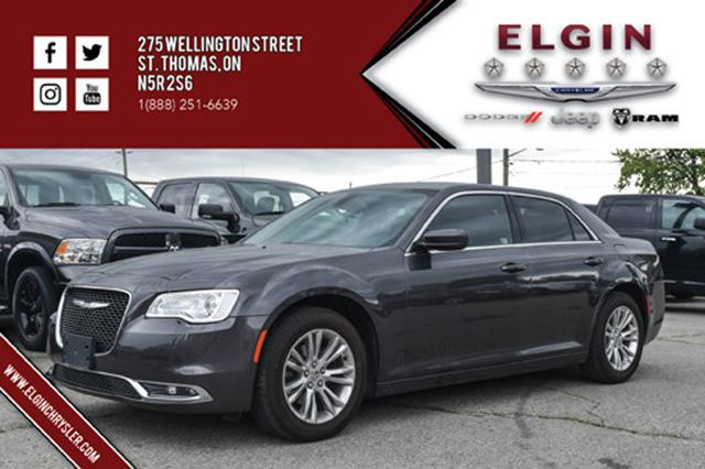 2016 CHRYSLER 300 Touring in St Thomas, Ontario