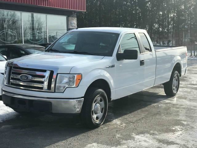 2009 Ford F-150 XL***CREDIT 100% APPROUVE*** in St Eustache, Quebec