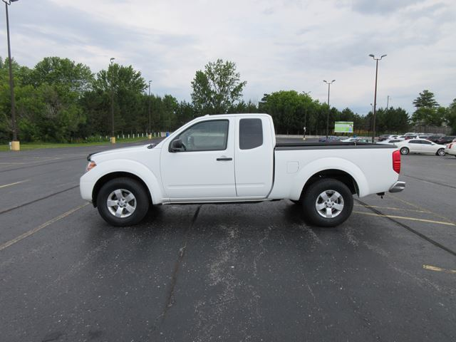 2013 NISSAN FRONTIER SV EXT CAB in Cayuga, Ontario