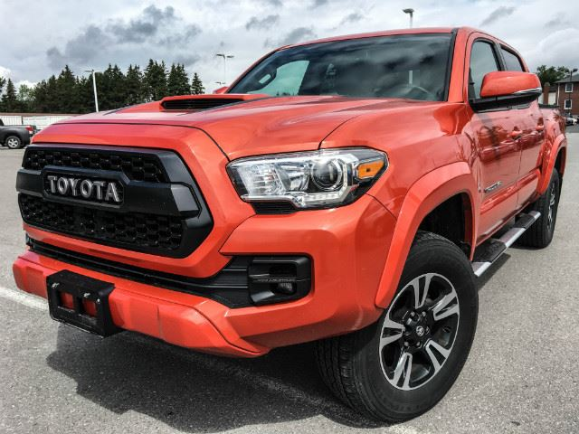 2016 Toyota Tacoma   DBLE CAB TRD MANUAL!!! in Cobourg, Ontario