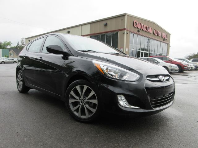 2017 HYUNDAI ACCENT SE, ROOF, ALLOYS, BT, HTD. SEATS, 11K! in Stittsville, Ontario