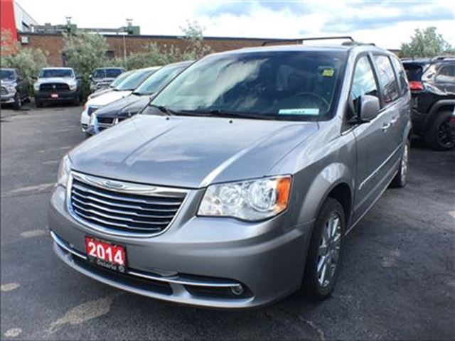 2014 CHRYSLER TOWN AND COUNTRY TOURING**6.5 INCH TOUCHSCREEN**BACK UP CAMERA** in Mississauga, Ontario