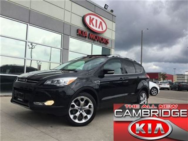 2013 FORD ESCAPE TITANIUM PANO ROOF NAV in Cambridge, Ontario
