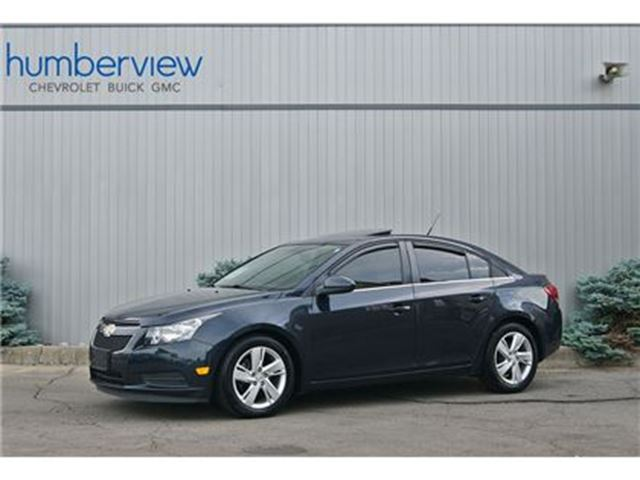 2014 Chevrolet Cruze DIESEL NAVI SUNROOF HEATED LEATHER RARE LOW KM in Toronto, Ontario