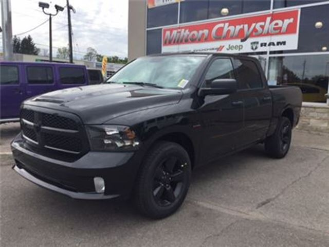 2017 Dodge RAM 1500 BLACK EXPRESS CREW 4X4 in Milton, Ontario